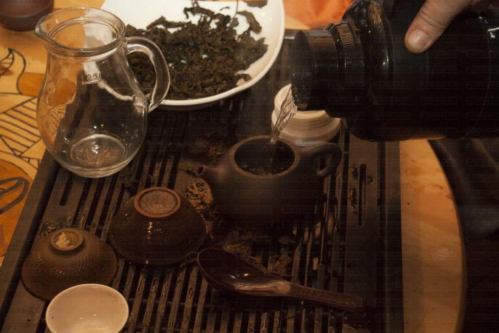 Чемпионат по чаю в баре «Бродяги Дхармы»